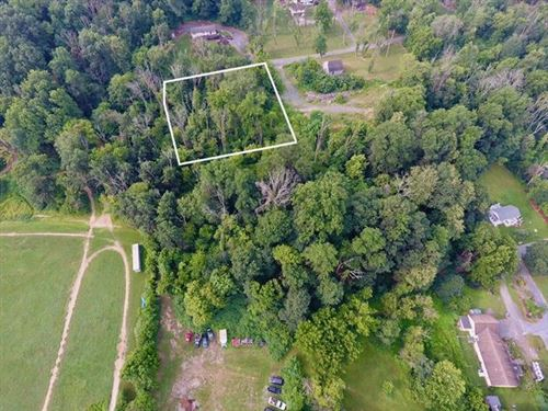 Photo of Erny Avenue, Lower Saucon Township, PA 18015 (MLS # 673850)