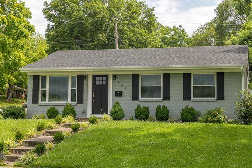 Photo of 321 Stoneybrook, Lexington, KY 40517 (MLS # 20123009)