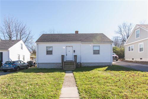 Photo of 1102 Oak Hill, Lexington, KY 40505 (MLS # 20024217)