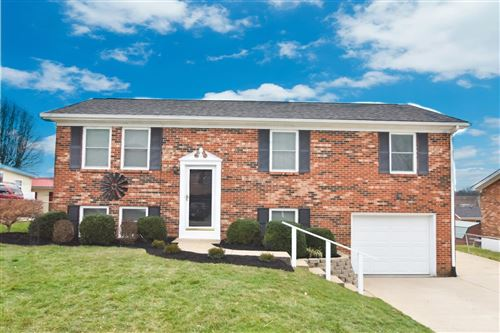 Photo of 622 Oldham Ave, Richmond, KY 40475 (MLS # 20003356)