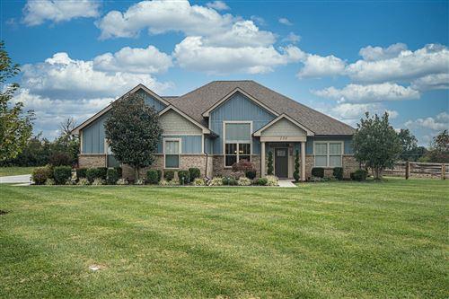 Photo of 130 Chrisman Oak, Nicholasville, KY 40356 (MLS # 20121672)