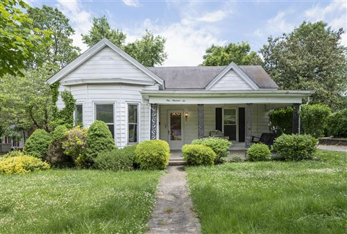 Photo of 106 North 3rd, Nicholasville, KY 40356 (MLS # 20110737)