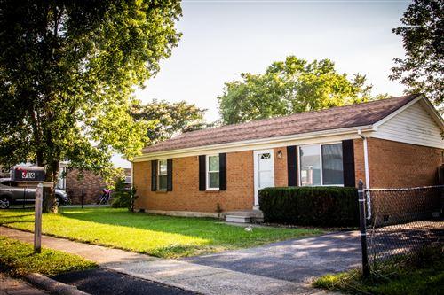 Photo of 616 Longview, Nicholasville, KY 40356 (MLS # 20114761)