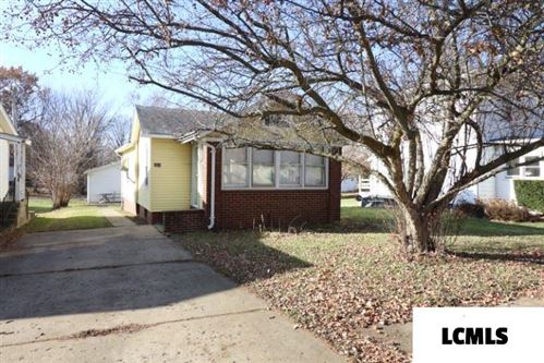 Photo of 315 N Walnut Street, Clinton, IL 61727 (MLS # 20200018)