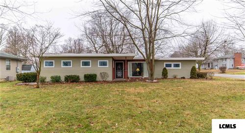 Photo of 927 N Union Street, Lincoln, IL 62656 (MLS # 20200028)
