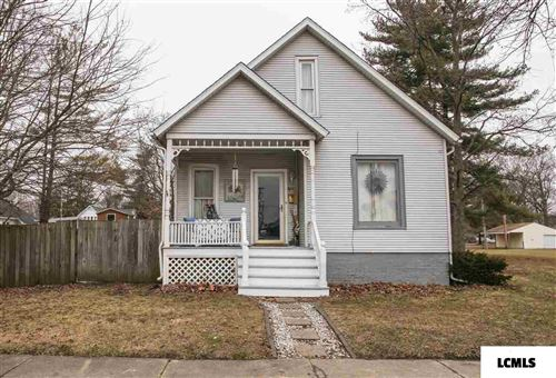 Photo of 611 N Ottawa Street, Lincoln, IL 62656 (MLS # 20200044)