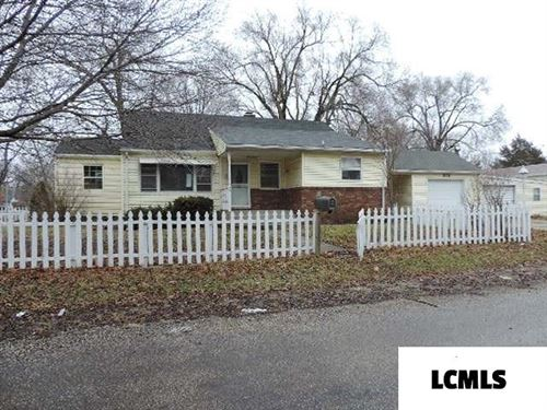 Photo of 201 Galena Street, Lincoln, IL 62656 (MLS # 20200066)