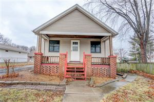 Photo of 542 S Elm Street, Lincoln, IL 62656 (MLS # 20180077)