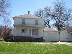 Photo of 511 E Walnut Street, Mason City, IL 62664 (MLS # 20190166)