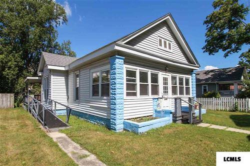 Photo of 305 N Bogardus Street, Elkhart, IL 62634 (MLS # 20200281)