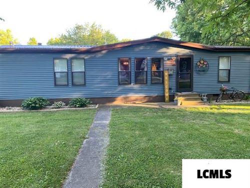 Photo of 819 E Pine Street, Mason City, IL 62664 (MLS # 20200307)