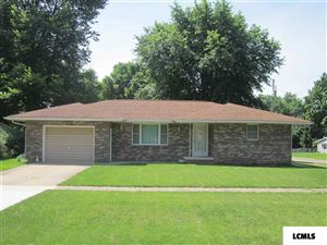 Photo of 223 W Arch Street, Mason City, IL 62664 (MLS # 20180351)