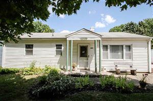 Photo of 1028 N State Street, Lincoln, IL 62656 (MLS # 20190370)