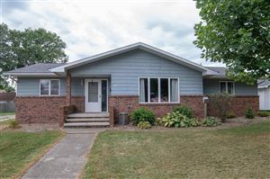 Photo of 204 N Vine Street, New Holland, IL 62671 (MLS # 20190396)