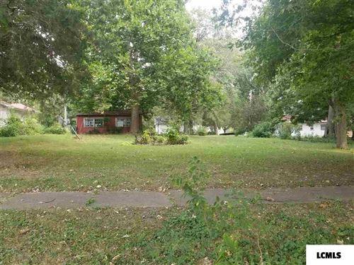 Photo of 515 N Marion Street, Mt Pulaski, IL 62548 (MLS # 20200480)