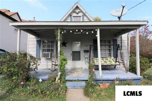Photo of 1107 E Washington Street, Clinton, IL 61727 (MLS # 20200547)