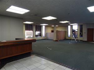 Photo of 303 S Kickapoo Street, Lincoln, IL 62656 (MLS # 20170636)