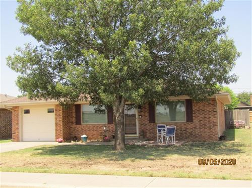 Photo of 603 Holly Street, Levelland, TX 79336 (MLS # 202008018)