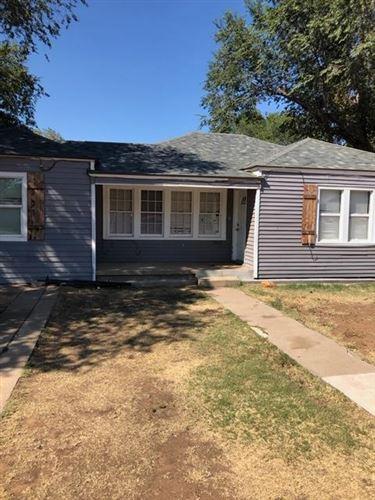 Photo of 2110 30th Street, Lubbock, TX 79411 (MLS # 202009033)