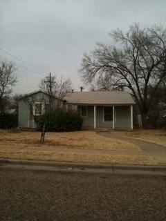 Photo of 2320 29th Street, Lubbock, TX 79411 (MLS # 202010034)
