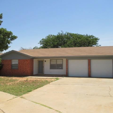 Photo of 7403 Fir Avenue, Lubbock, TX 79404 (MLS # 202006095)