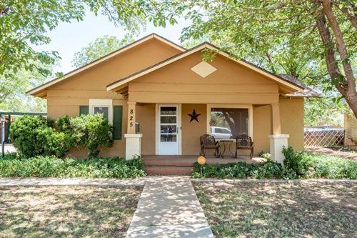 Photo of 825 W Lubbock Street, Slaton, TX 79364 (MLS # 202007224)