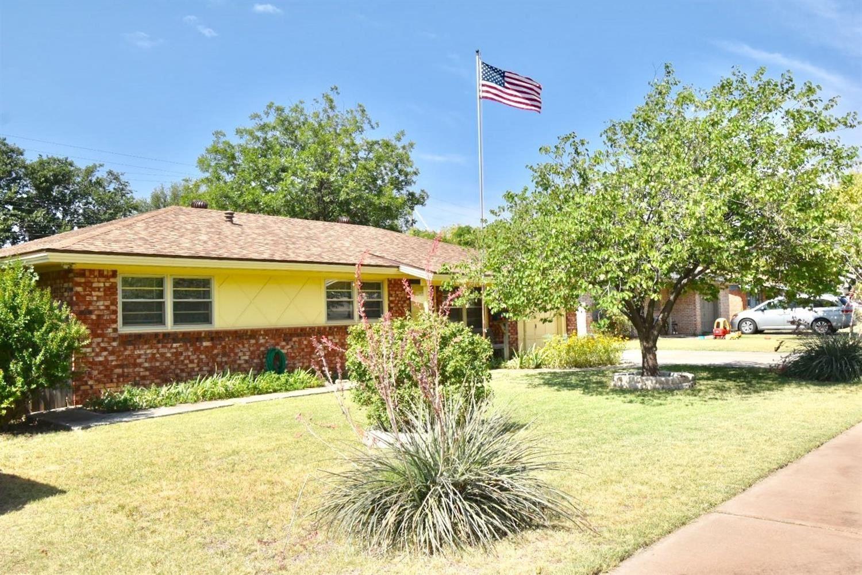 4909 7th Street, Lubbock, TX 79416 - #: 202006405