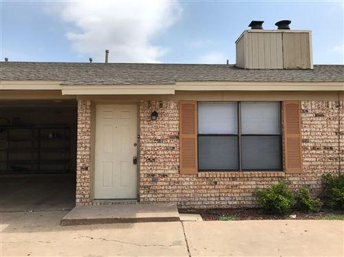 Photo of 5702 Brownfield Drive, Lubbock, TX 79414 (MLS # 202006547)