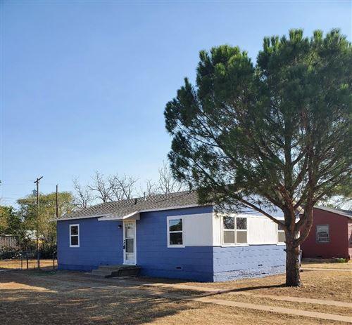 Photo of 505 E 37th Street, Lubbock, TX 79404 (MLS # 202009550)
