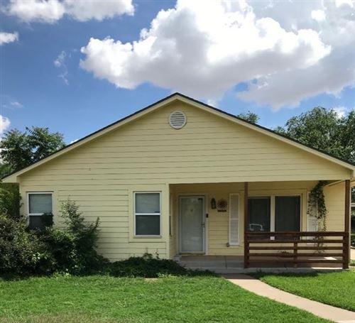 Photo of 2415 30th Street, Lubbock, TX 79411 (MLS # 202009611)