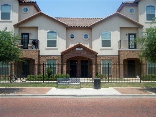 Photo of 2108 Main Street #4, Lubbock, TX 79401 (MLS # 202007691)