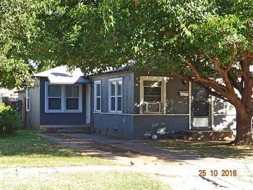 Photo of 2118 33rd Street, Lubbock, TX 79411 (MLS # 202009693)
