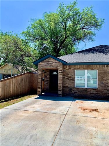 Photo of 2311 20th Street, Lubbock, TX 79411 (MLS # 202004756)
