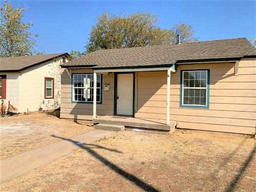 Photo of 2002 62nd Street, Lubbock, TX 79412 (MLS # 202009845)
