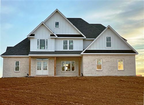 Photo of 1327 West Crossing Drive, Forest, VA 24551 (MLS # 322000)