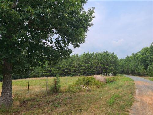 Photo of 0 Lemon Ridge Lane, Appomattox, VA 24522 (MLS # 333016)