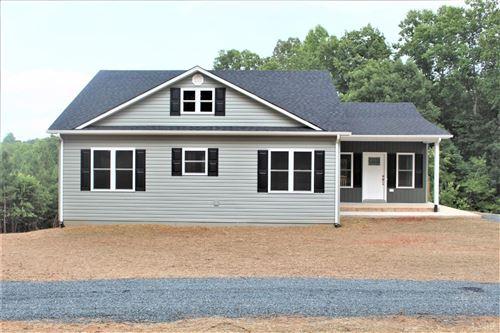Photo of 266 Spring Grove Road, Appomattox, VA 24593 (MLS # 333082)
