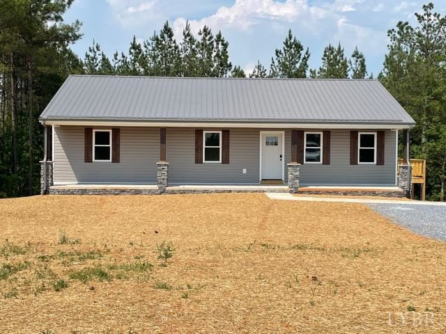 Photo for 256 Red Oak School Rd, Rustburg, VA 24588 (MLS # 329114)
