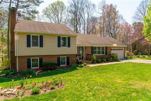 Photo of 212 Valleywood, Forest, VA 24551 (MLS # 324209)