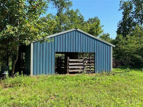 Photo of 3752 Promise Land Road, Appomattox, VA 24522 (MLS # 326337)