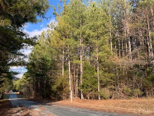 Photo of 16 Holiday Lake Rd, Appomattox, VA 24522 (MLS # 329364)