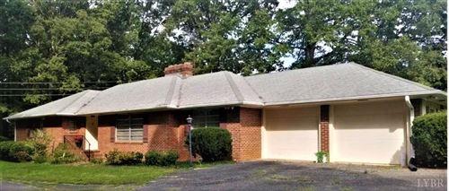 Photo of 5932 Oakville Road, Appomattox, VA 24522 (MLS # 327451)