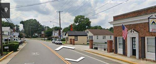 Photo of 218 S Main Street, Amherst, VA 24521 (MLS # 329547)
