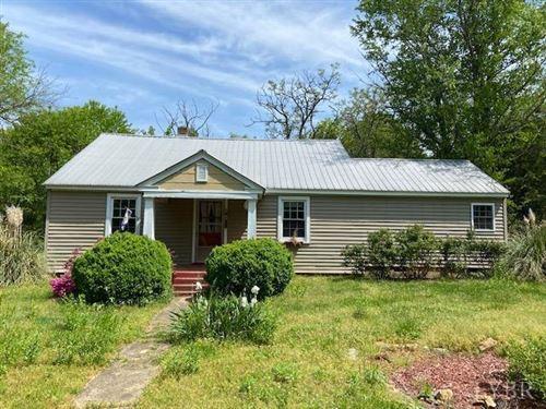 Photo of 1084 Watt Abbitt Road, Appomattox, VA 24522 (MLS # 331618)