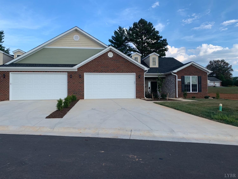 121 Villa Oak Circle, Bedford, VA 24523 - #: 330872
