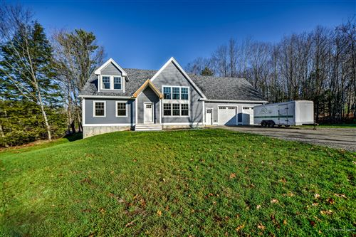 Photo of 15 Rocky Avenue Extension, Topsham, ME 04086 (MLS # 1472705)