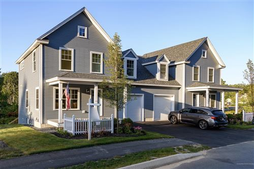Photo of 17 Webhannet Place #11, Kennebunk, ME 04043 (MLS # 1448731)