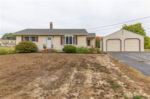 Photo of 102 Highland Cliff Road, Windham, ME 04062 (MLS # 1470823)