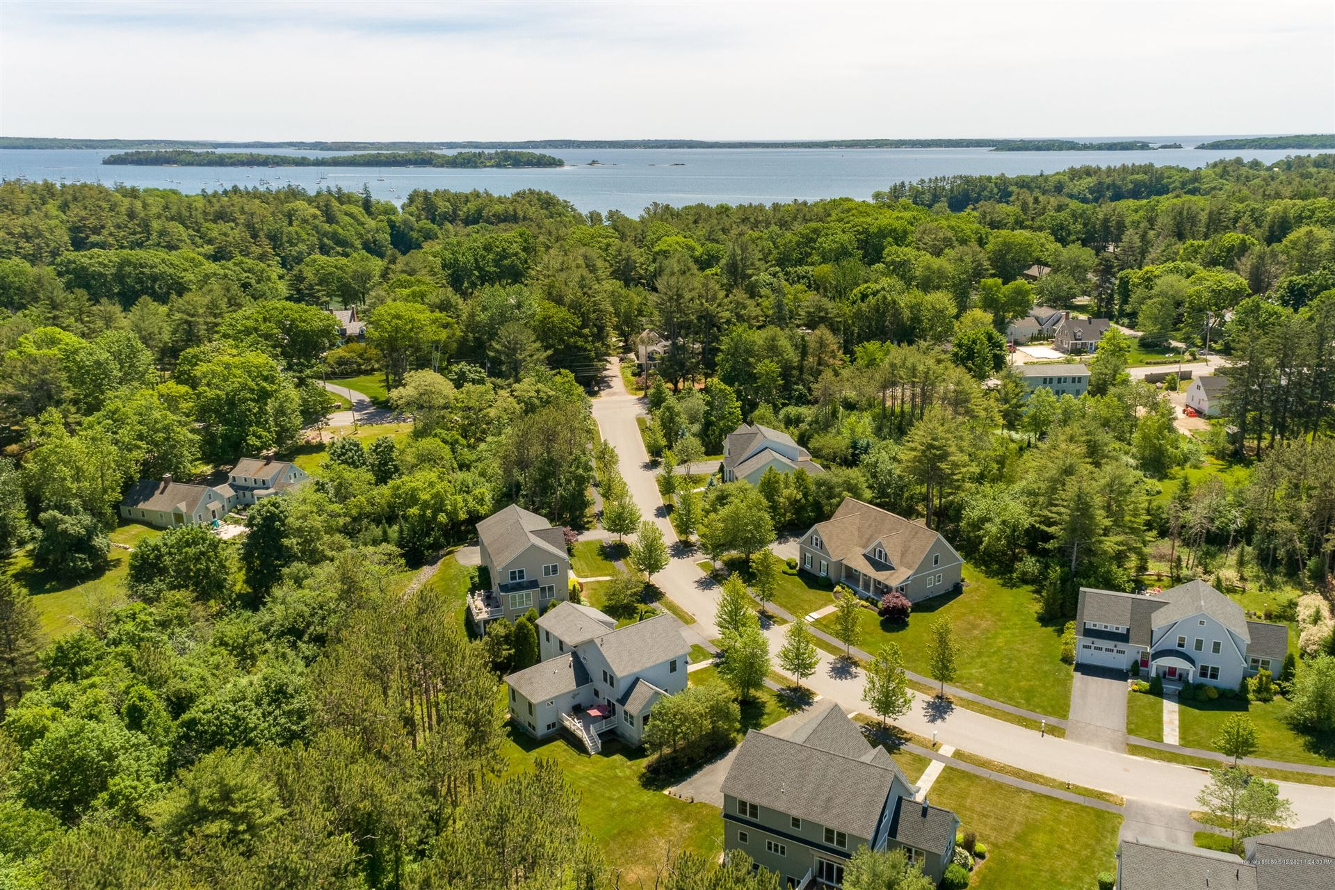 Photo of 5 Mussel Cove Lane, Falmouth, ME 04105 (MLS # 1495930)