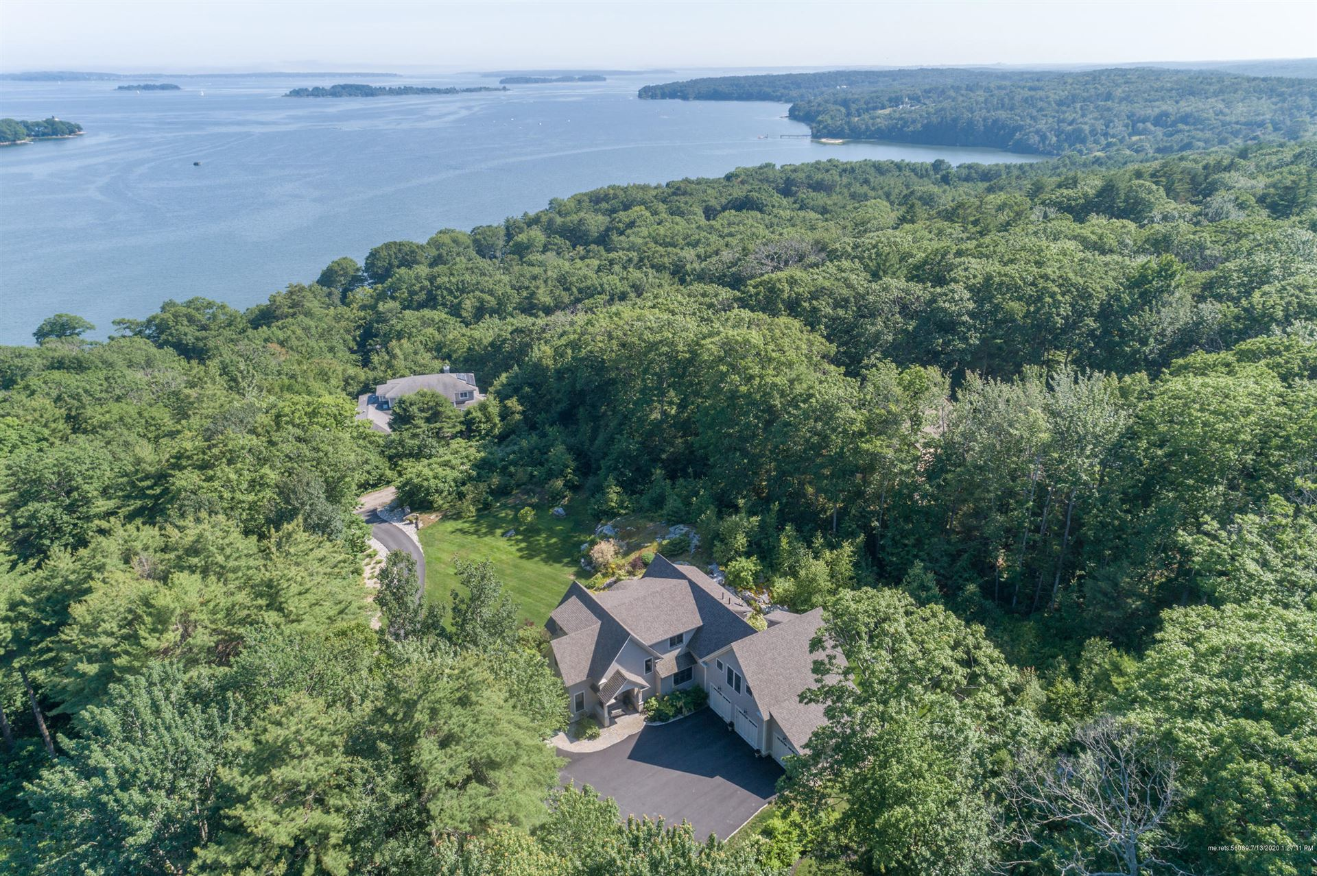 Photo of 107 Ravine Drive, Cumberland, ME 04110 (MLS # 1459984)